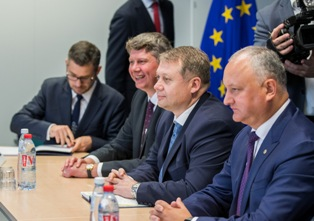 Брынзан попросил в Брюсселе срочный кредит для покупки 400 млн кубометров газа