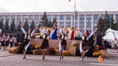 Более 70 тыс. человек участвовали в мероприятиях, организованных в Национальный день вина