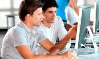 Tinerii cercetători pot obține burse individuale în valoare de trei mii de dolari