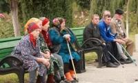 Vârsta medie a moldovenilor a crescut