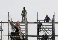 Banca Mondială sparge mitul că gastarbaiterii moldoveni muncesc pe şantiere