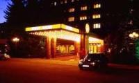 Dodon îndeamnă oamenii de afaceri din domeniul hotelier să ofere cazare medicilor