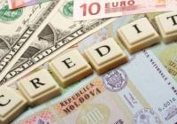 Comerţul, ruinat de criză. Cererea pentru credite se duce la vale