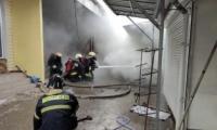 Peste 60 de gherete din piața din Rezina, mistuite de flăcări
