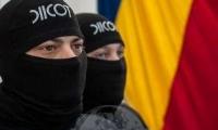 Un cetăţean român şi trei din Republica Moldova sunt cercetaţi pentru trafic de droguri cu o valoare 1.500.000 de euro