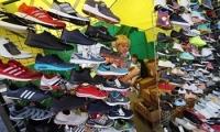 ТС конфисковала на кишинёвских рынках контрафактной спортивной обуви на 1 млн леев