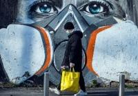 Efectele coronacrizei: populaţia vinde mai puţin dolari şi euro
