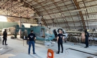 Ghidul interlopului din Republica Moldova: Cum să construiești 10 elicoptere în 5 pași. Ce au descoperit polițiștii într-un hangar