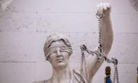 Стало известно, почему с 13 судей по делу о «Ландромате» сняли обвинения