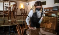 Ресторанам в Кишинёве разрешили работать до 23:00, а торговым центрам - до 22:00